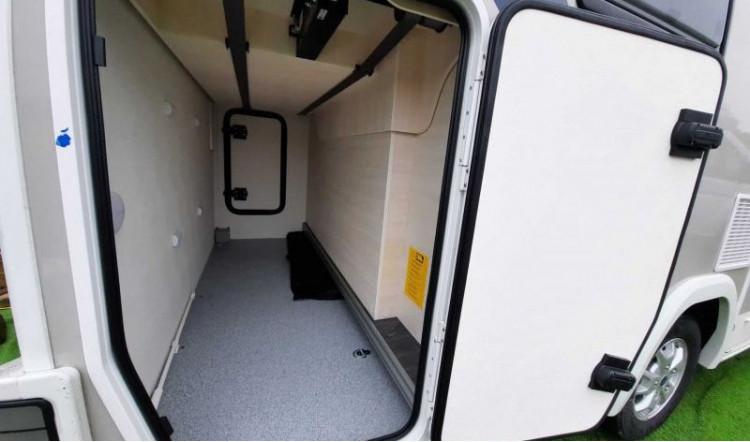 Chausson 720 Garage - 5 Berth - 7.19 Metres